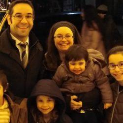 Rabbi and family (3)